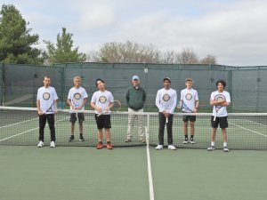 pioneer boys tennis team