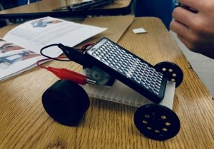 hands on learning middle school students build a solar powered car